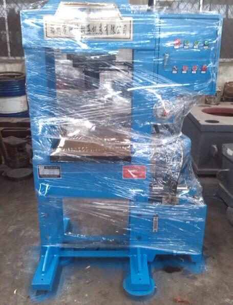 30吨龙门液压机