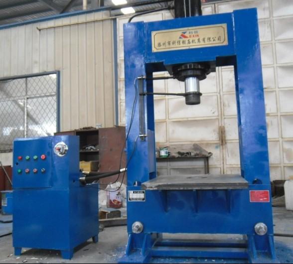 YL22-100吨龙门液压机